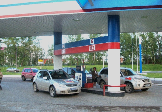 俄罗斯:所有加油站必须配备充电桩